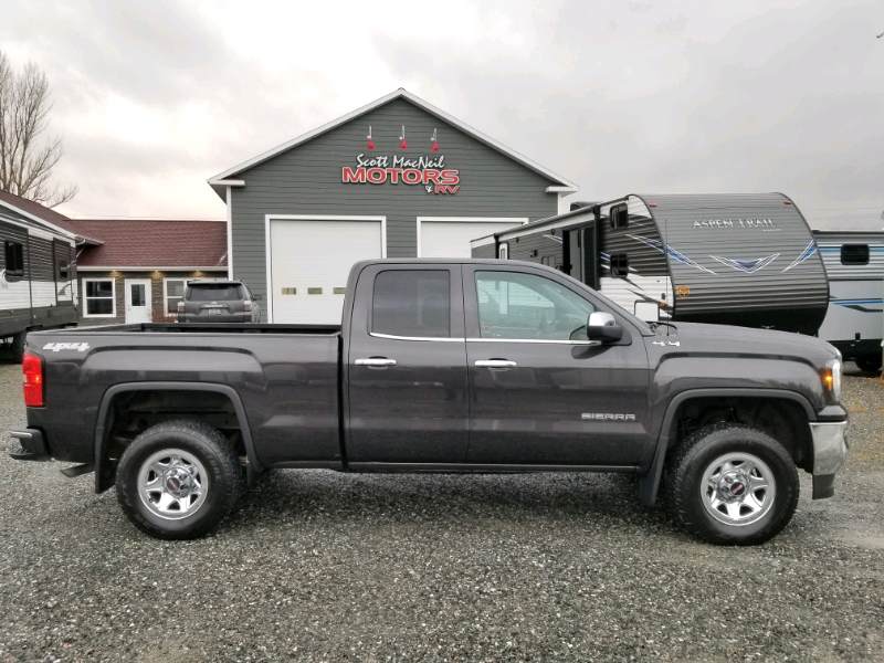 SOLD – 2016 GMC SIERRA SLE QUAD
